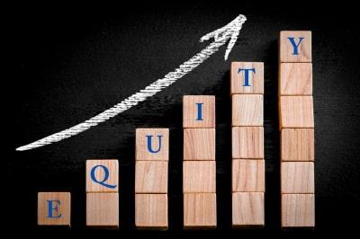 swing traders choose equity